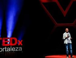 Instituto Dimicuida - O perigo dos jogos e desafios de internet - TEDxFortaleza